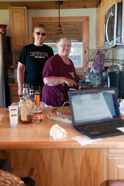 aj-and-muz-in-kitchen
