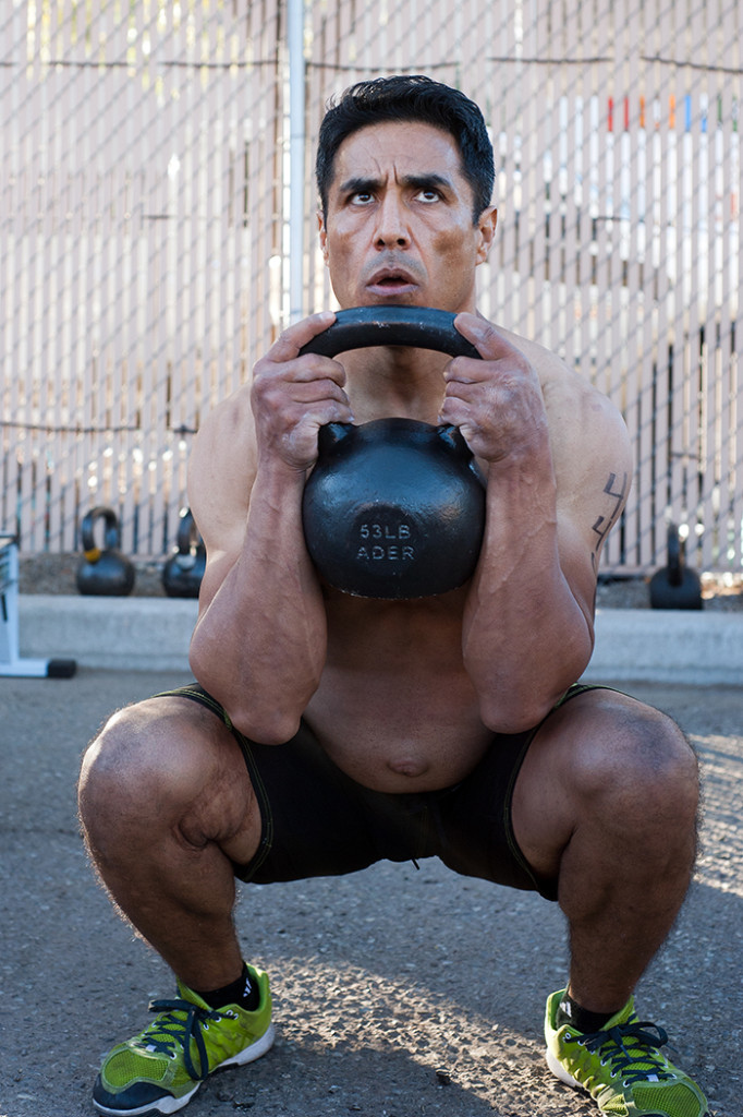 oscar with kettlebell 4 web